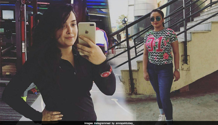 Amrapali dubey chat on instagram & others
