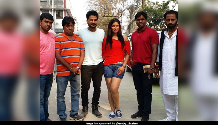 Bhojpuri movie girftaar shooting in gujrat