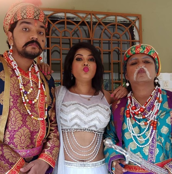 Bhojpuri movie khuddar on set seema singh