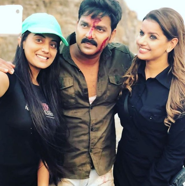 Pawan Singh's action movie 'Maa Tujhe Salam' shoots finished ...... pictures of shares